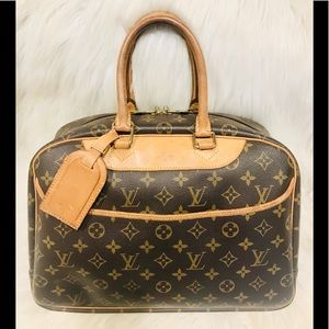 Authentic Louis Vuitton Deauville #2.8aja